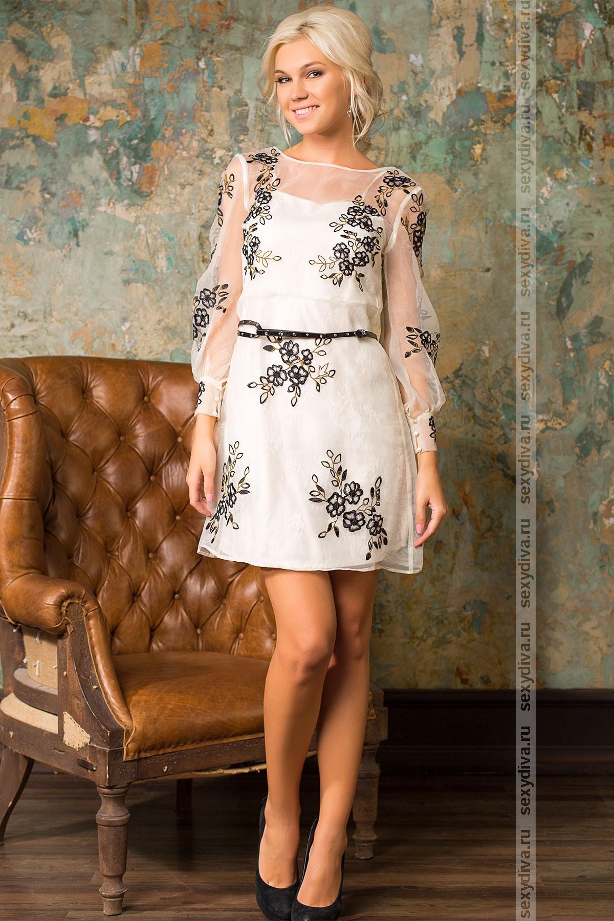 Платье из ткани с вышивкой