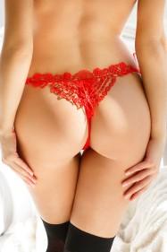 Трусики с узором сзади и завязками по бокам (красный)